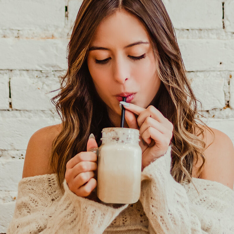 Best Pros & Cons of Meal Replacement Shakes for Women's Weight Loss